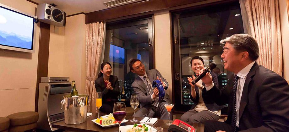 Karaoke47 Karaoke Keio Plaza Hotel Tokyo