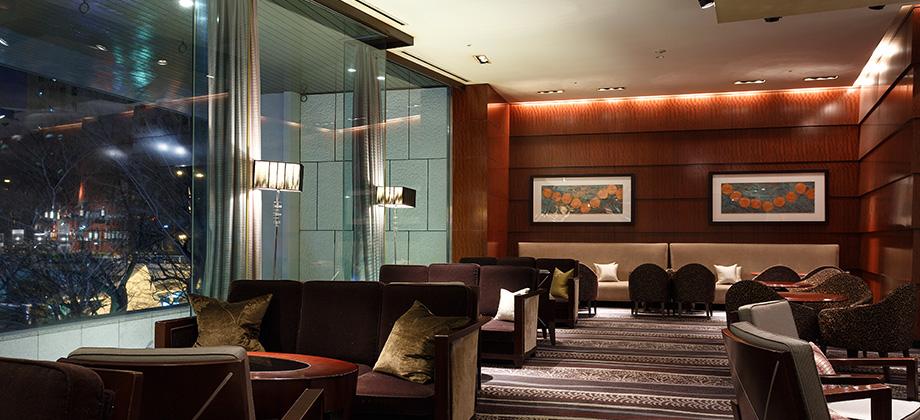 Cocktail & Tea Lounge (Lobby Lounge) | Keio Plaza Hotel Tokyo